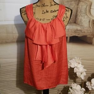 Spense Coral colored Ruffled front Top in EUC Sz L